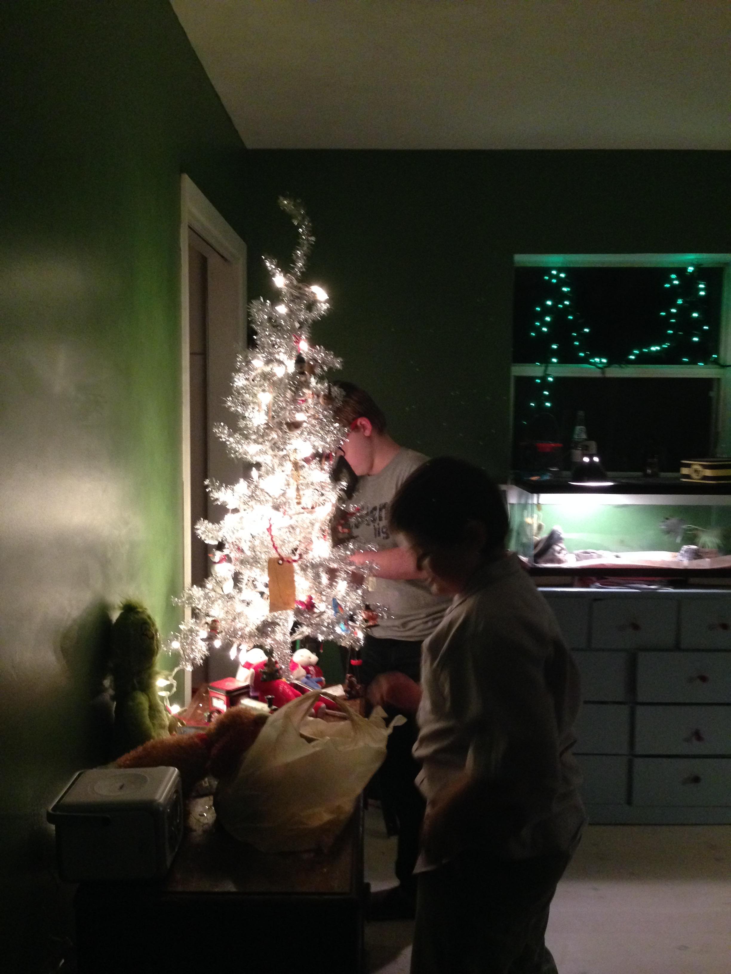 boys tree 2