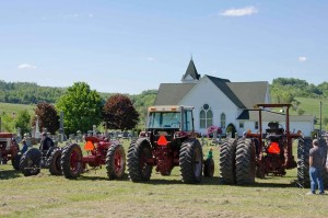 tractor-day-at-leatherwood-300x199